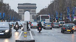 The Champs Elysees in Paris France. http://www.enjoy-europe.com/18-0440.jpg