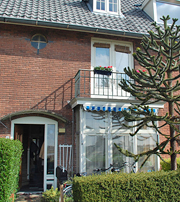 The front view of B & B Paula, Haarlem, The Netherlands. http://www.enjoy-europe.com/BBPaula2-s.jpg