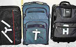 Soft side roller suit cases. http://www.enjoy-europe.com/home/DSCN0101-BrandedBags-260-3.jpg