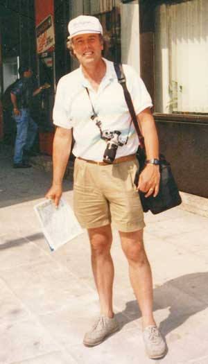 Author and photogrpher John Bermont dressing casual in Athens, Greece.