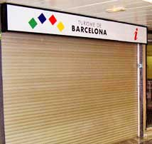 The closed trourist office at the Sants train station in Barcelona, Spain. http://www.enjoy-europe.com/hte/chap17/p1200190.jpg