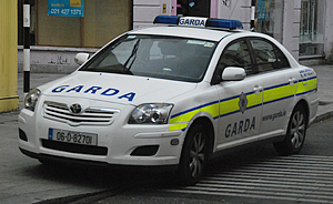 Police are known as garda in Ireland. http://www.enjoy-europe.com/hte/chap18/Chap18images/0466Garda.jpg