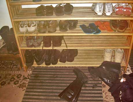 Vilnius hostel shoe rack. http://www.enjoy-europe.com/typ/images/P1180137-VilniusHostelShoeRack.jpg