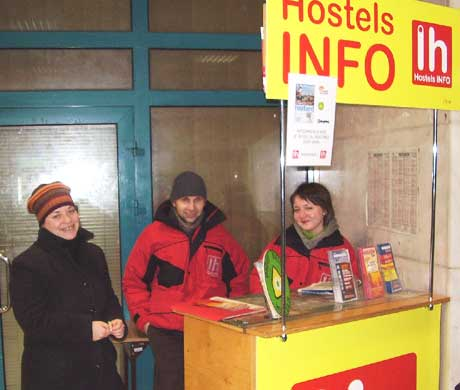 Hostel info in the Krakow, Poland train station. http://www.enjoy-europe.com/typ/images/P1200192-KrakowHostelInfo.jpg