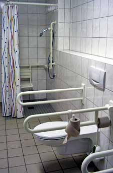 The bathroom of my Dresden hostel was huge. http://www.enjoy-europe.com/typ/images/P1210341-DresdenHostelBathroom.jpg